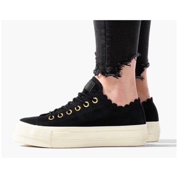Converse, 8.5, all ⭐️ lift ox frilly thrills blk